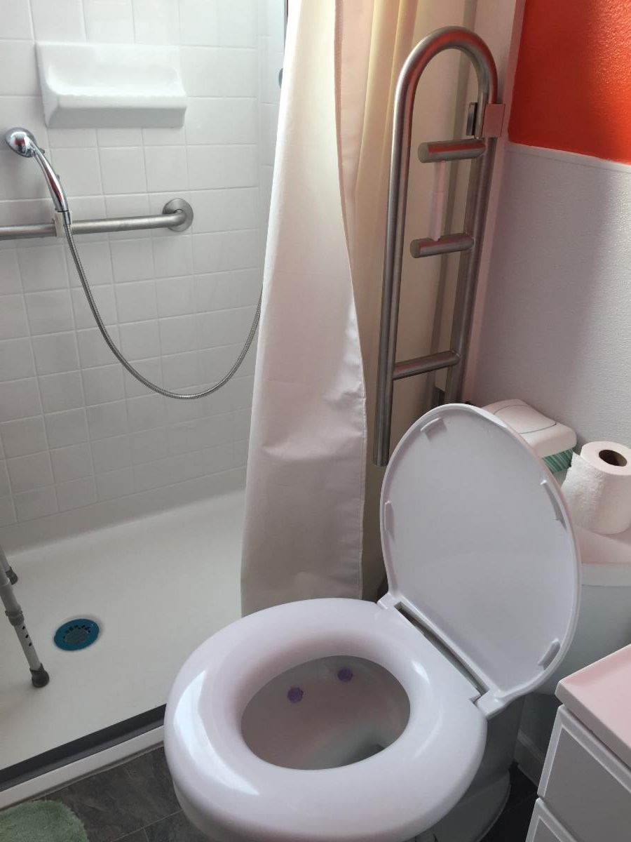 Bathroom Modifications for Seniors in Central Indiana